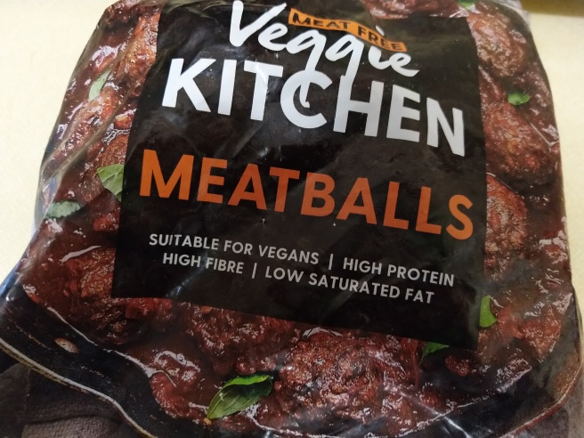 Iceland vegan Meatballs packaging